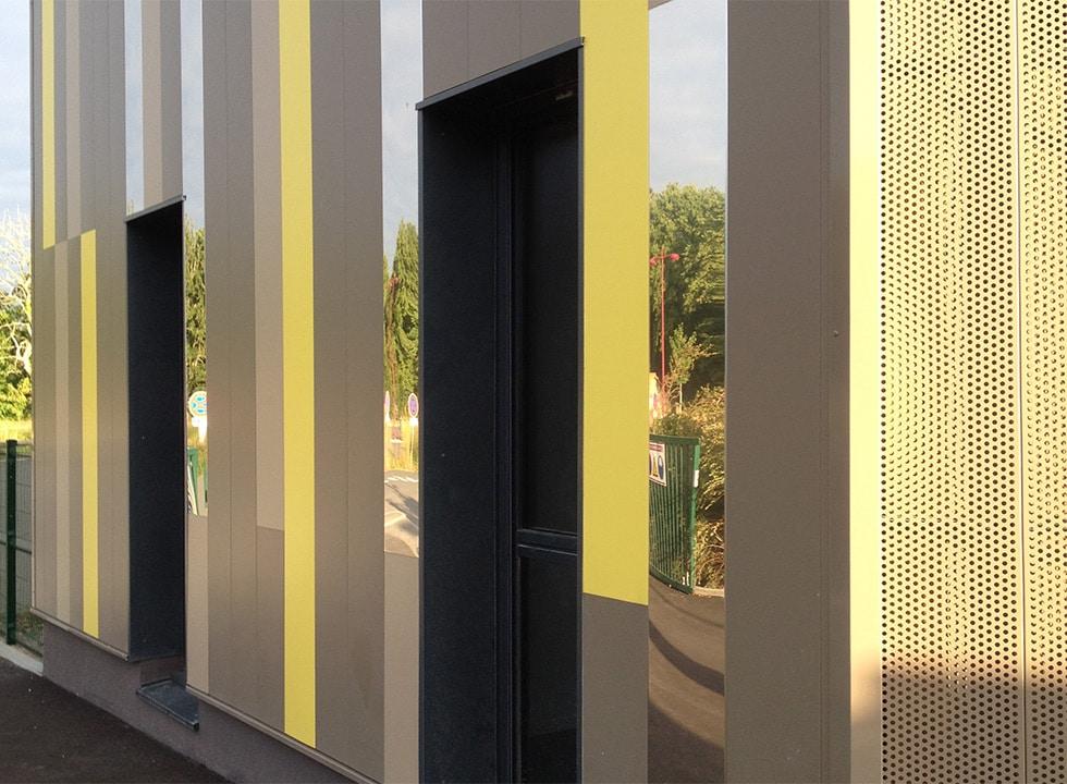 Bardage métallique de façade