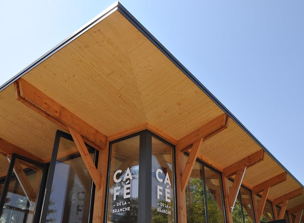 Le CLT, du bois lamellé-croisé esthétique